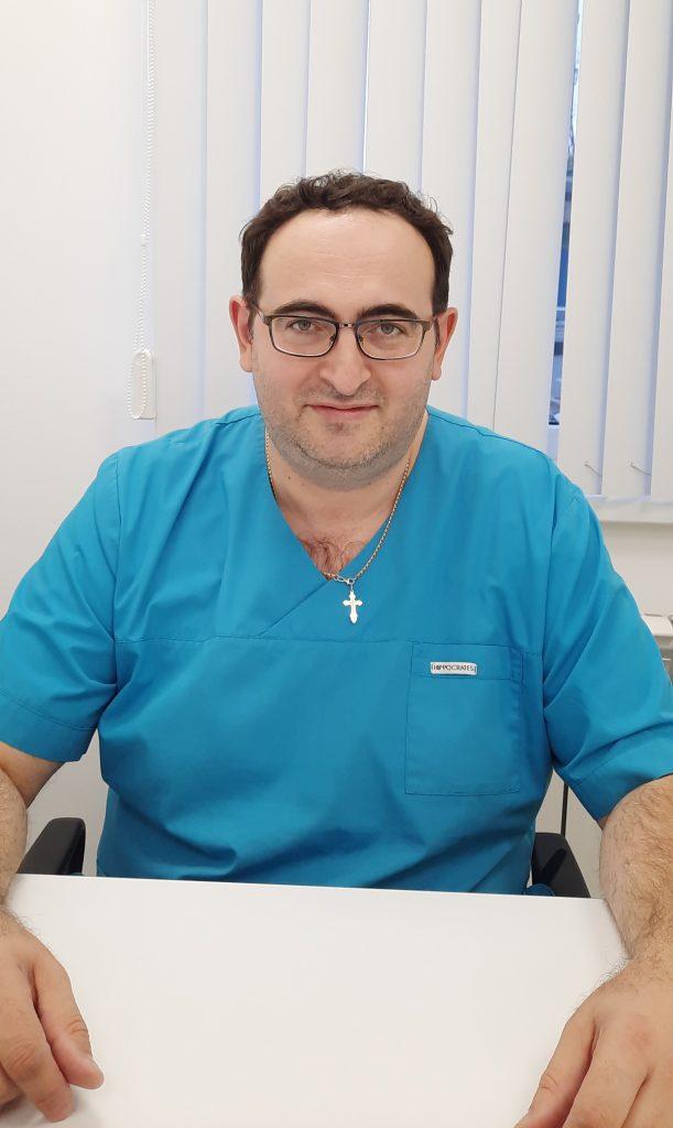 Попов Дмитрий Анатольевич